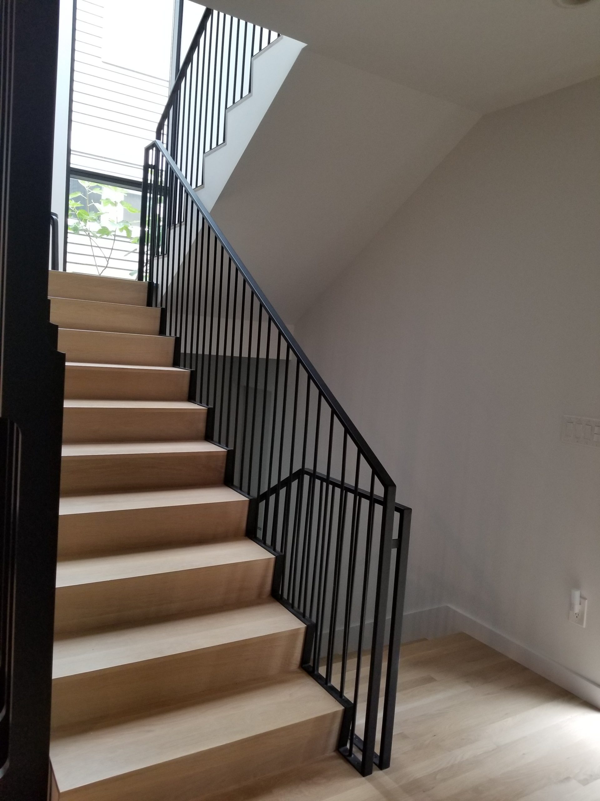 lower runner on stairs